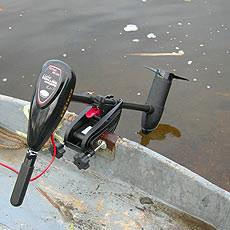 лодочный электромотор с функцией якоря